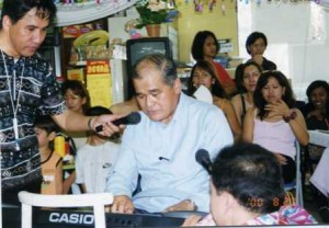 Gracing the championship of the first Pista ng Musika on August 28, 2000 in Tsukuba City, Ibaraki Pref., former Ambassador Romeo Arguelles showed his keyboard skills and vocal range.