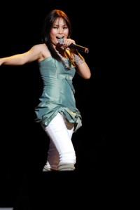 Yeng Constantino, the teen topnotcher of the batch, proved that she is worth the accolade.